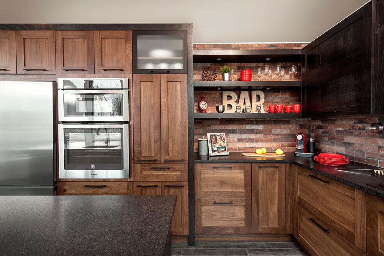 Espace bar personnalisé dans la cuisine